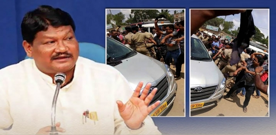 BJD Activists Hurl Eggs At Union Minister Jual Oram's Vehicle In Kendrapada
