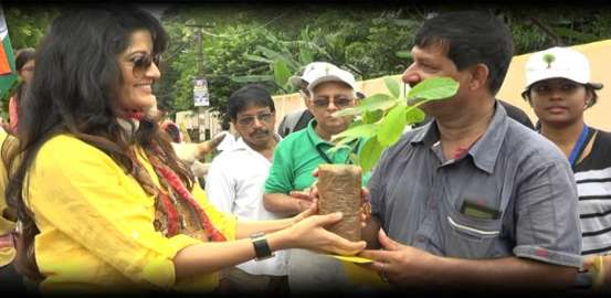 FREE the TREE: Bakul Foundation's Unique Initiative On I-Day