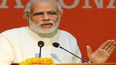 Photo of Modi Accuses Mamata Of Protecting Scamsters, She Calls Him 'Master Of Corruption'