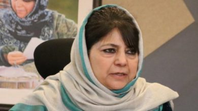 Photo of Mehbooba Mufti Moved From Guest House Where She Was Detained