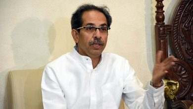 Photo of Thackeray Seeks 'National Vaccine Distribution Policy'