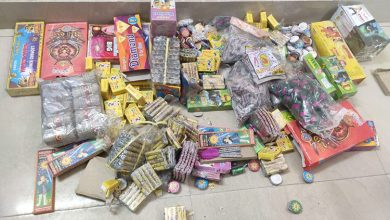 Photo of Delhi Police Book 55 For Selling Firecrackers
