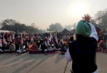 Photo of Shabad, Gurbani Resonates As Farmers' Protests Enter 5th Day On Gurpurab