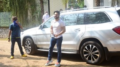 Photo of Varun Dhawan Arrives At Sangeet Venue, Few Bolly Celebs Spotted Too