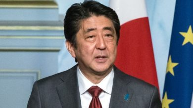 Photo of Former Japanese PM Shinzo Abe Among 119 Padma Winners For 2021