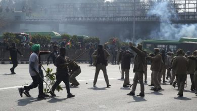 Photo of 20 Injured Cops, Farmers Being Treated At Lok Nayak After Clashes