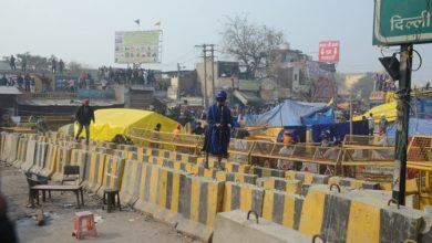 Photo of Protesters Cornered At Singhu Border, Key Routes Blocked